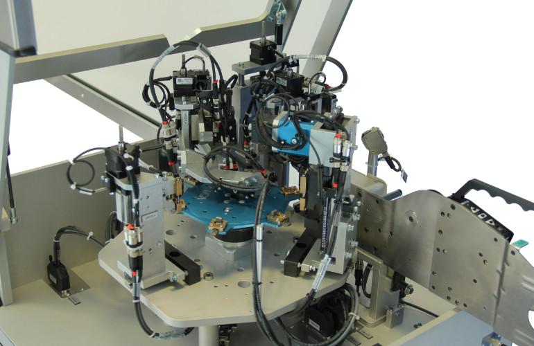 hall-sensor-cutting-forming-equipment-4
